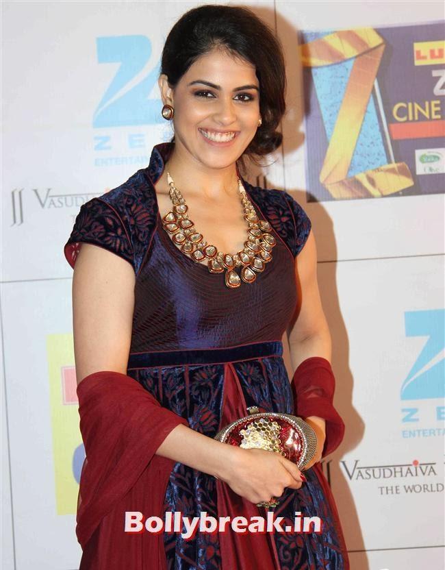 Genelia D Souza, Zee Cine Awards 2014 Red Carpet Pics