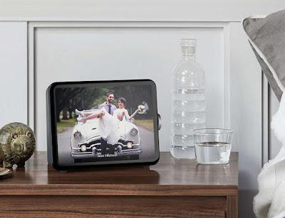 Loop smart connected home display