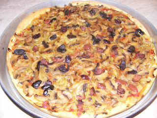 pizza, pizza de post, retete pizza, reteta pizza, retete culinare, retete de mancare, preparate culinare, legume pizza de post,ingrediente pizza de post,