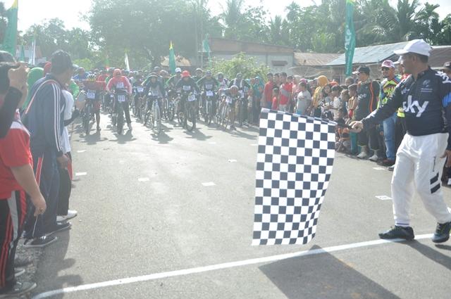 Bupati Aceh Jaya : Rally Sepeda Kegiatan Tahunan