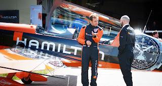 Hamilton x Red Bull Air Race x Mein Kunstflug mit Nicolas Ivanoff   Atomlabor on Tour
