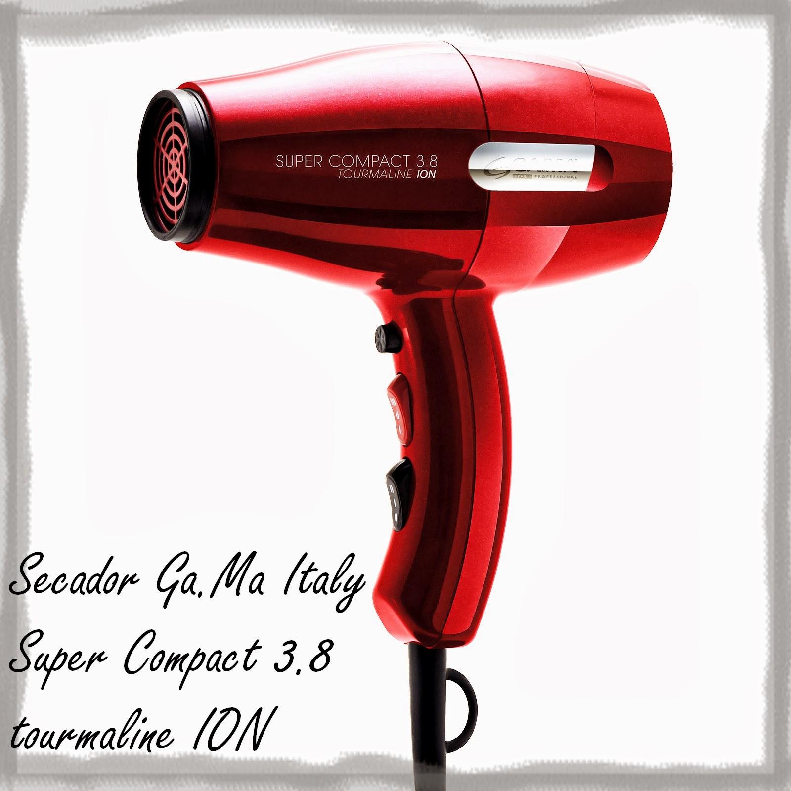 6e8e4909a Descrição do equipamento  O Gama Italy Secador Super Compact 3.8 Tourmaline  Ion oferece secagem perfeita sem danificar os cabelos. Seu Motor AC  profissional ...