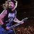 """Foo Fighters toca faixa inédita """"Lah Di Da"""" em festival"""