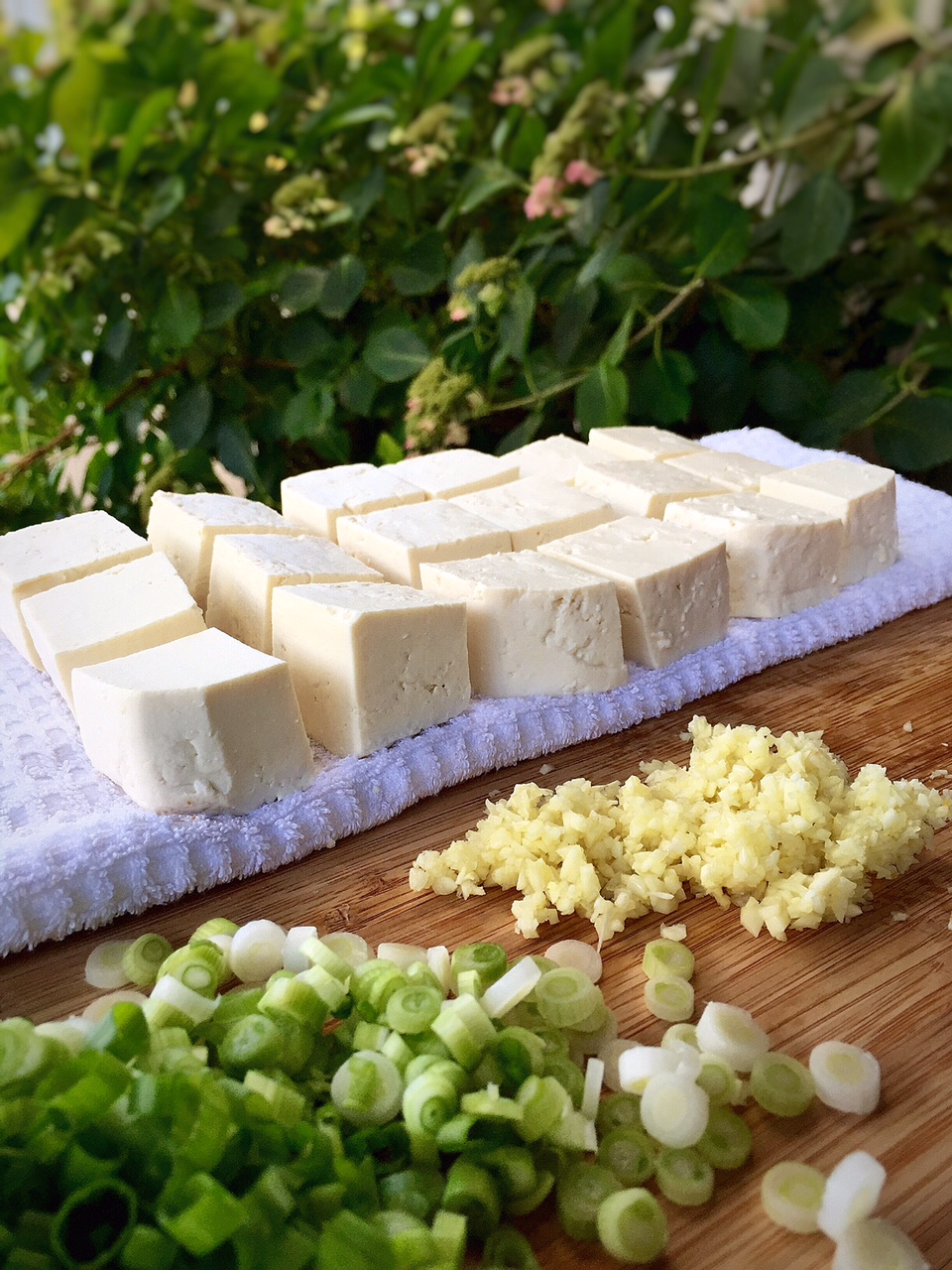 moisture content in tofu If you want to use tofu in things like stir-fry or baked dishes, it's best to dry it first you'll know this if you've ever tried cooking tofu pieces and end.