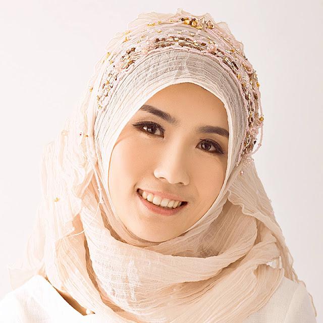 Ini 10 Alasan Kenapa Wanita Tidak Ber-Make-Up Sangat Pantas Dijadikan Pendamping Hidupmu