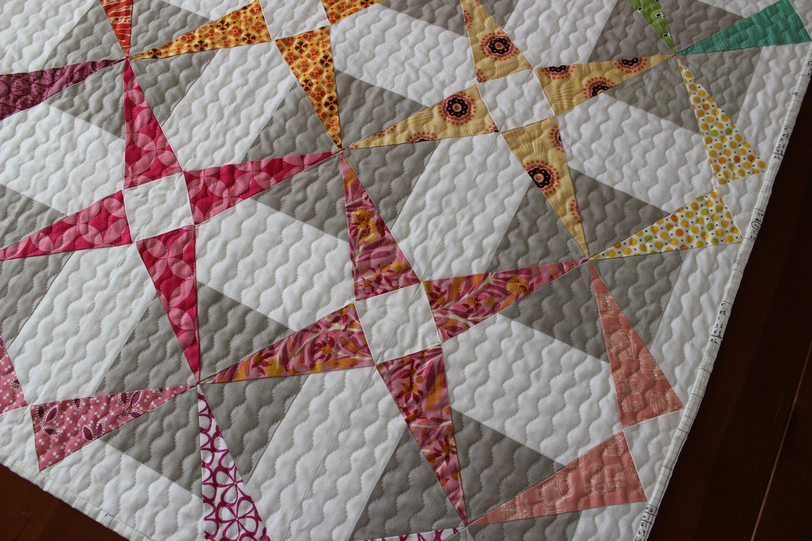 Teaginny Designs: Introducing the Chromascope Quilt