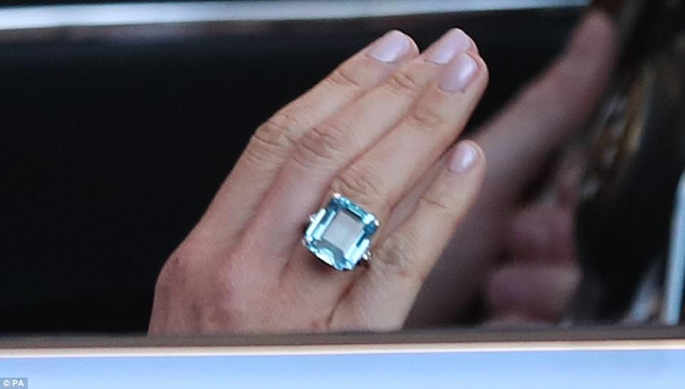 Meghan's 'something blue' Diana's aquamarine ring