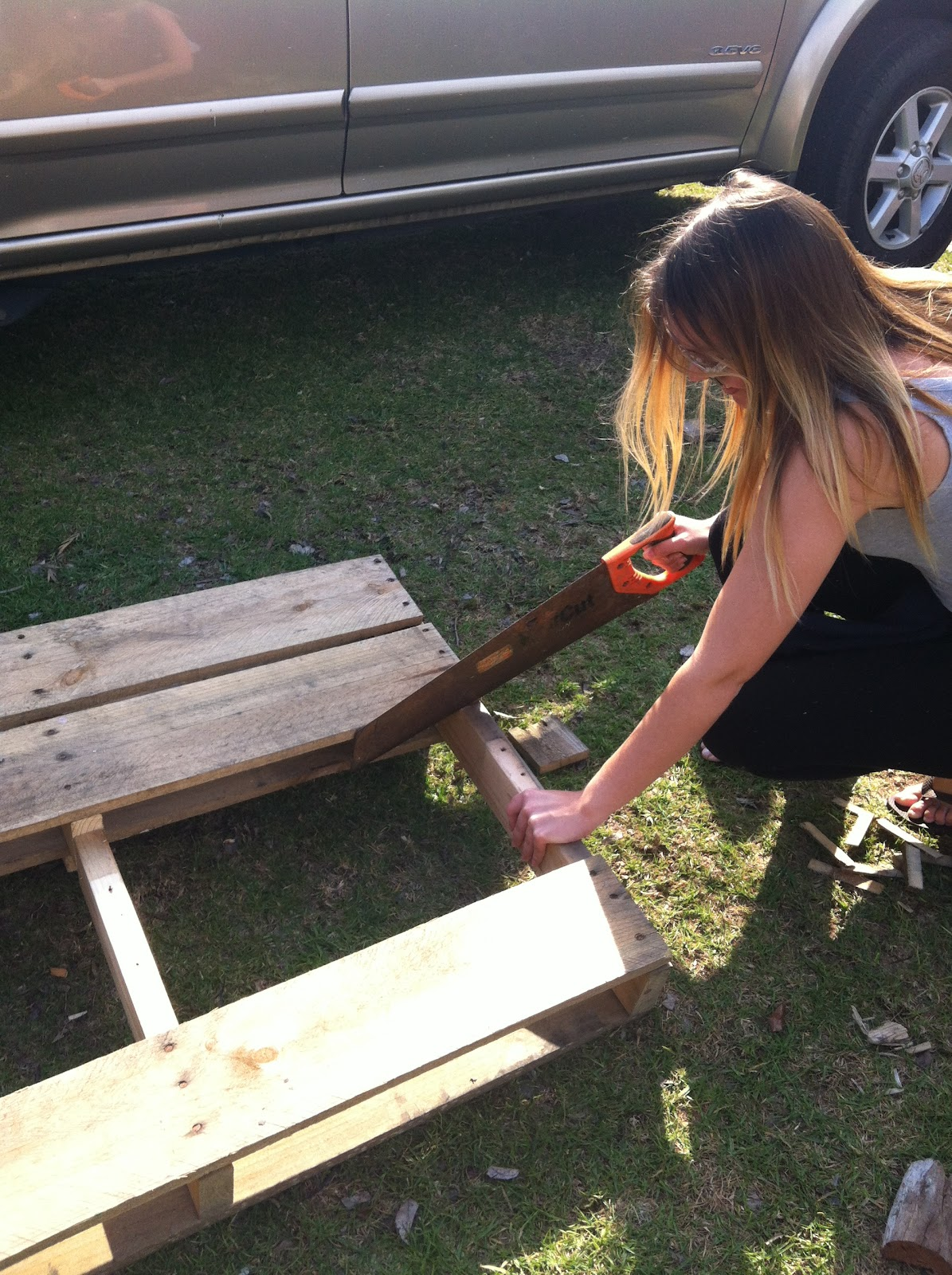 Sustainable living: DIY pallet bench seat. step by step ...