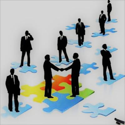 Децентрализирана функционалнална организационна структура на управление