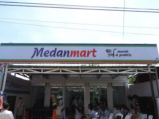 Mantap ! Di Padang Ada Minang Mart, Disini Ada Medan Mart ...