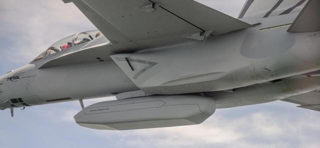 Resultado de imagen de Enclosed Weapons Pod (EWP)