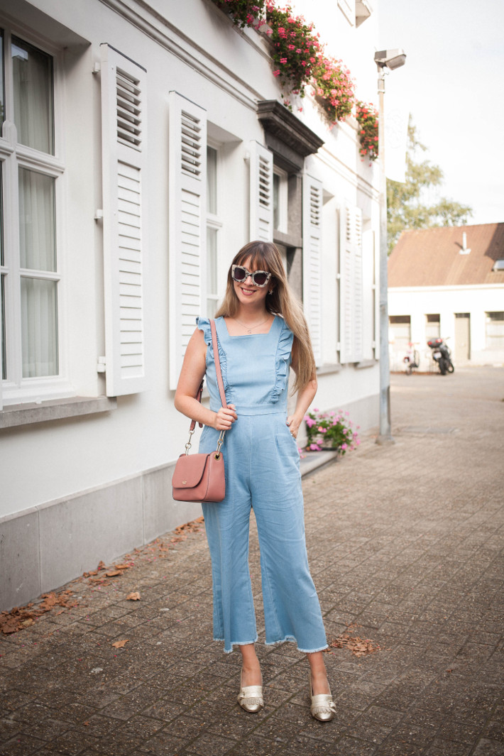 Outfit: ruffled jumpsuit, gucci inspired gold loafer pumps, pink kate spade bag