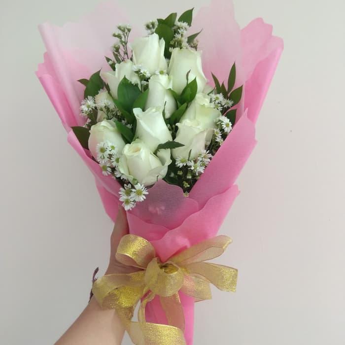 Karangan Bunga Tangan Hand Bouquet