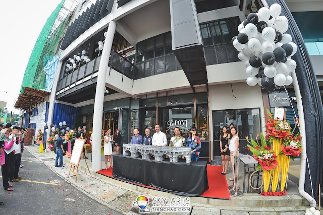 Le Pont Boulangerie et Café Grand Launch @ Old Klang Road From L to R: Raymond Oh, Ng Tuck Wah, AK Tan, Ho Sah Lee and Jane Wong
