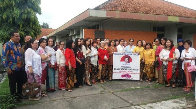 Relawan Jokowi Fans Club Turut Meramaikan Pernikahan Bobby Nasution-Kahiyang Ayu
