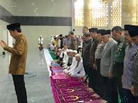 Agama Dinista, Ulama Dikriminalisasi, Ormas Dibubarkan. Pantaskah Dana Hajinya Dimanfaatkan?