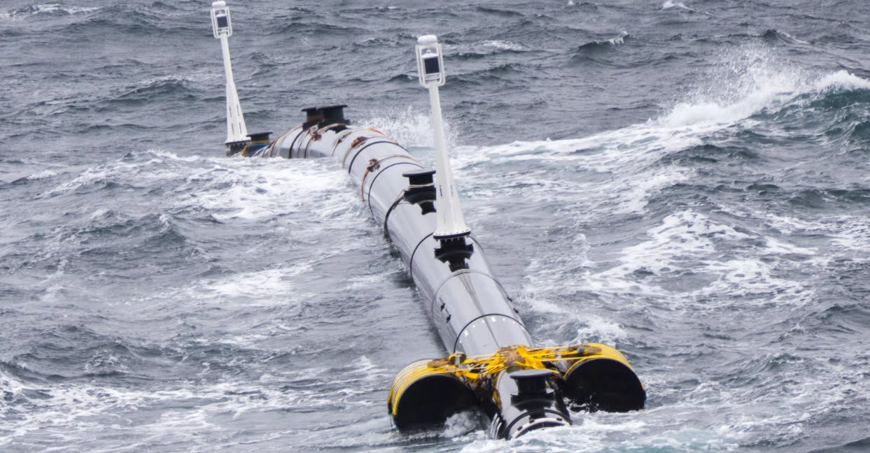 Galleggiante gigante per pulire la plastica spazzatura nell'Oceano Pacifico.