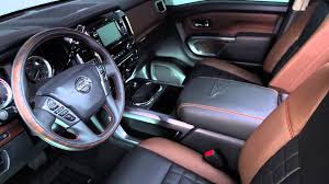 nisaan kicks suv 2016 driver seat and stearing wheel