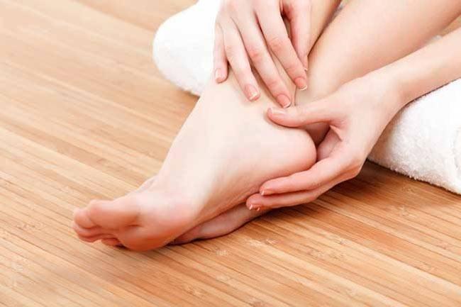 फटे पैरों को रातों रात कैसे ठीक करे, जानिए अभी