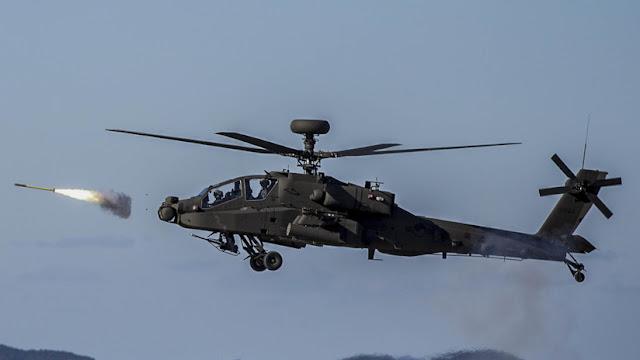 """India recibe el primero de 22 helicópteros Apache Guardian y afirma que darán una """"ventaja significativa"""" en potenciales conflictos"""