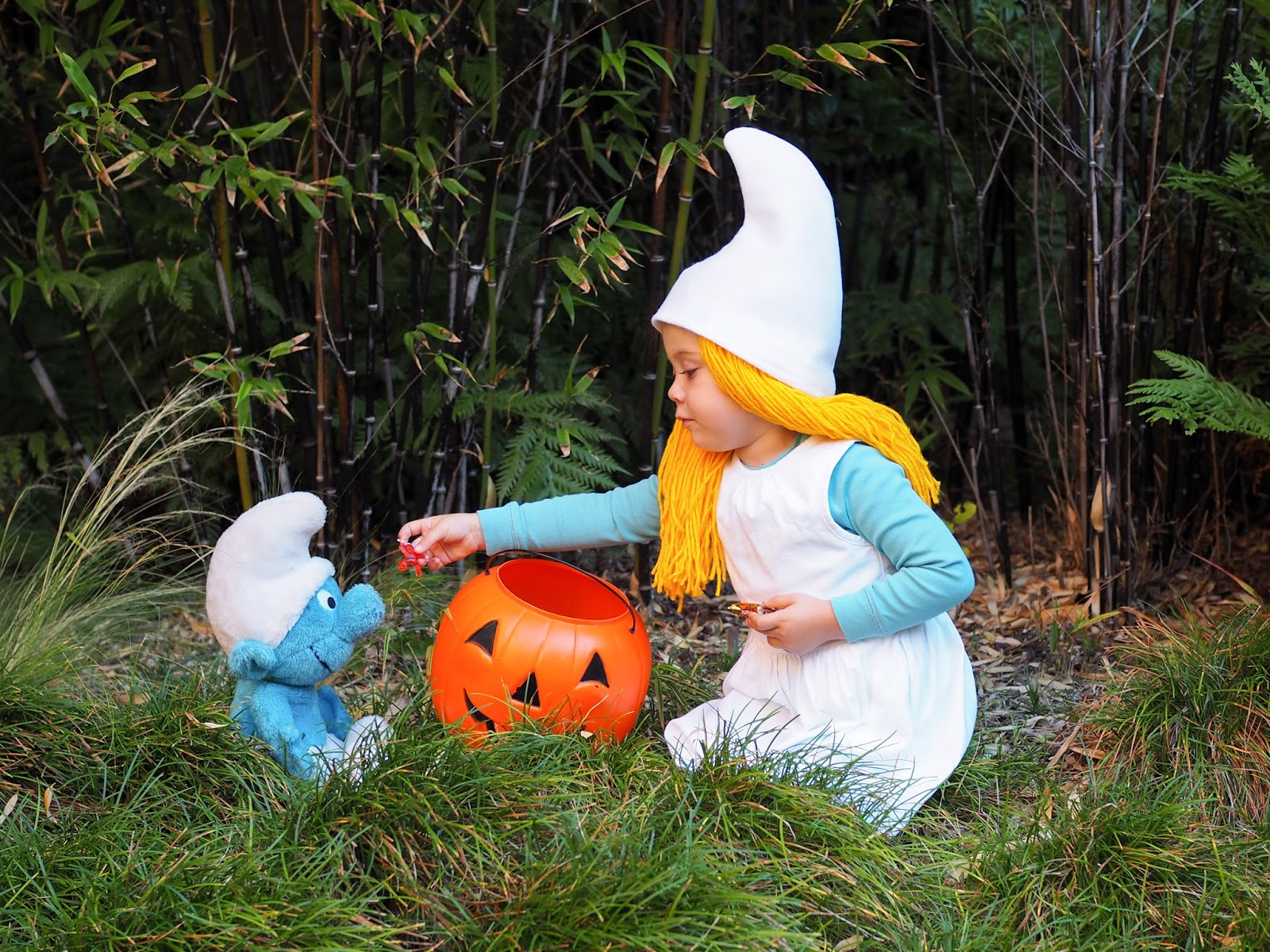 The rest of this costume is simply clothes that your child may already have in their closet or which can be found easily in stores or online. & Little Hiccups: Last Minute Halloween DIY: Smurf Costume