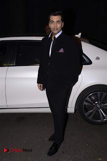Sonakshi Sinha Karan Johar at Aishwarya Rajinikanth Standing on an Apple Box Book Launch Event  0022.jpg