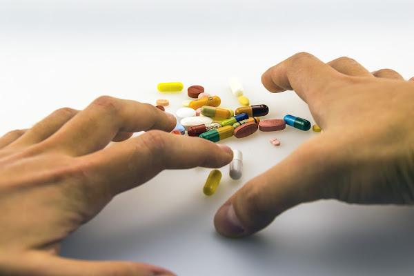 クレアチン 薬物依存 治療