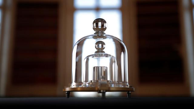 """Una """"medida"""" histórica: La definición del kilogramo cambia para siempre"""
