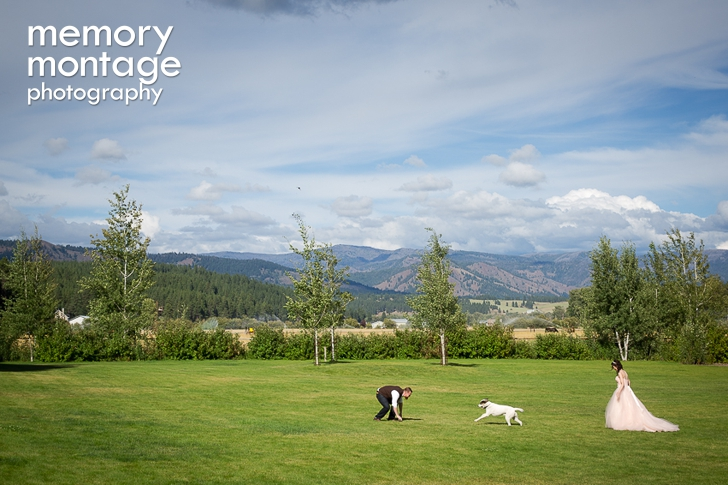 The Bride Wears Pink in Country Wedding at Flying Horseshoe Ranch in Cle Elum || Carissa + Robert