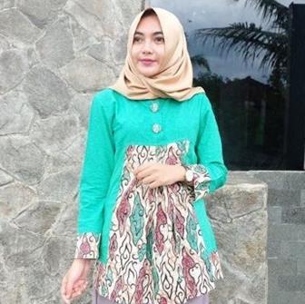 Model Blus Batik Untuk Wanita Muslimah