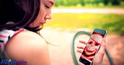 5 Kematian Paling Mengenaskan Akibat Keaysikan Bermain Smartphone