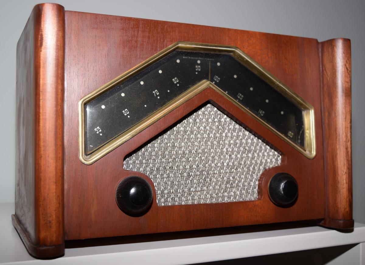 American*Radio*Design* - - Deco-Mid Century, Retro Styled