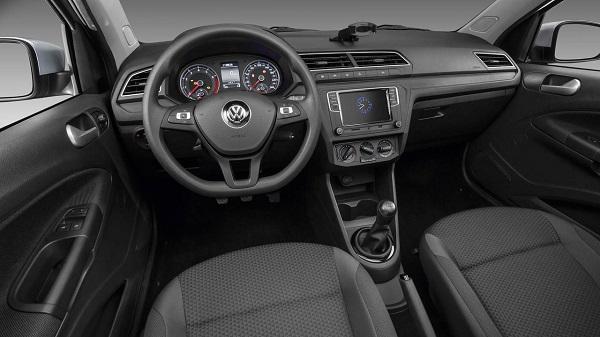 Interior Volkswagen Voyage 2018