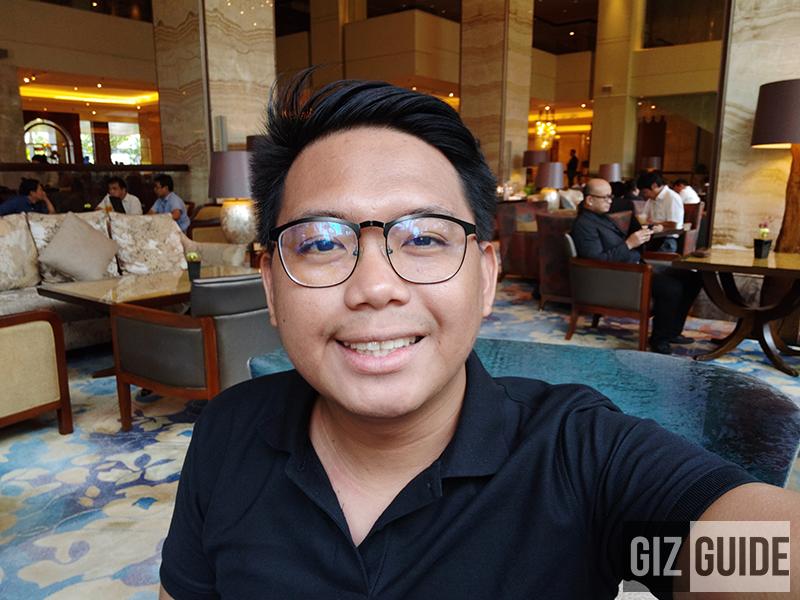 Selfie indoor