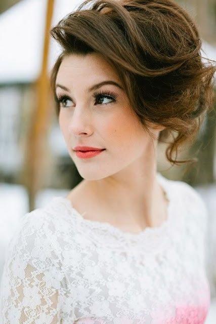 wavy short wedding hairstyle