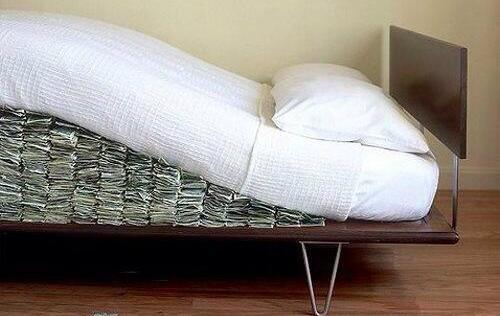 dólares del colchón