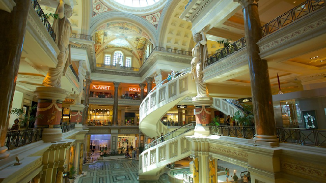 Forum Shops no Caesars Palace em Las Vegas