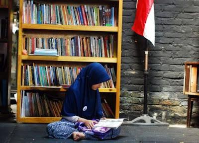 Membaca Buku Sebelum Tidur Bantu Jaga Fungsi Otak
