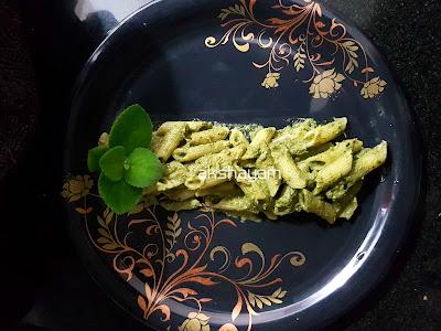 Mexican Mint-Peanuts Pesto Pasta