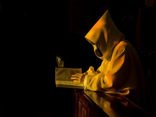 Dio tace e il suo silenzio parla #oltrelamortediDio