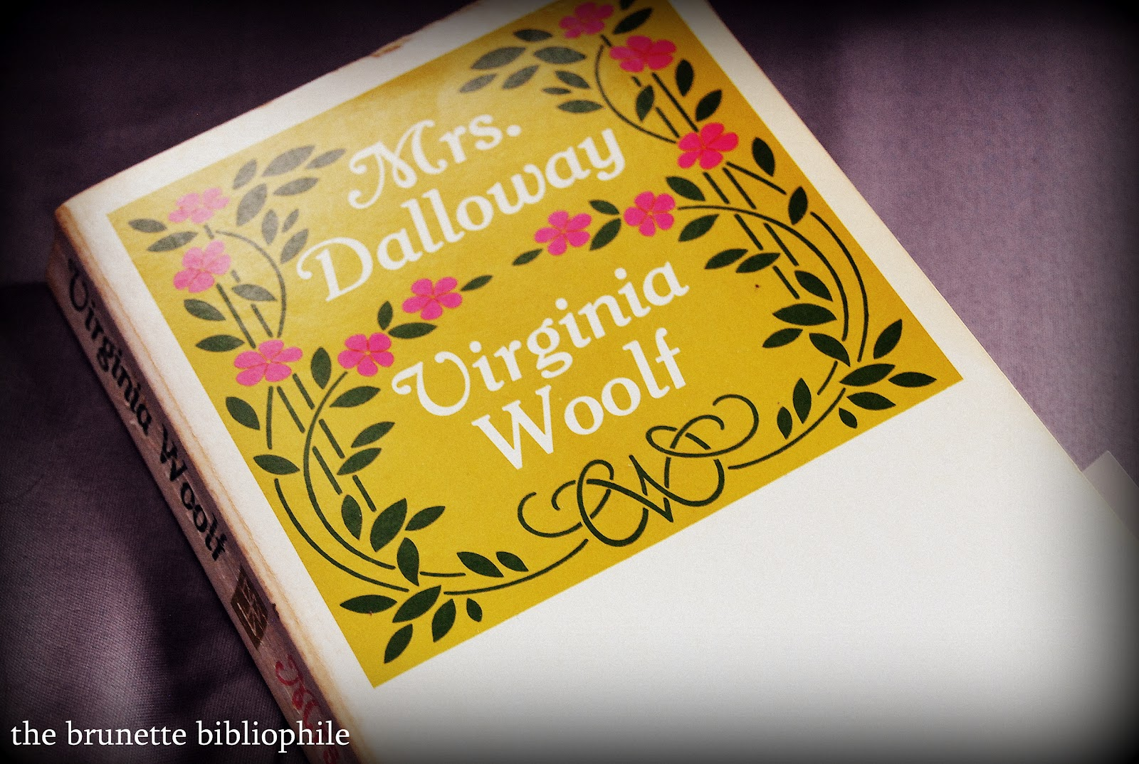 essays by virginia woolf ronald gordon ac and oliphant press the  mrs dalloway essays time essay on virginia woolf s mrs dalloway 1927 words bartleby
