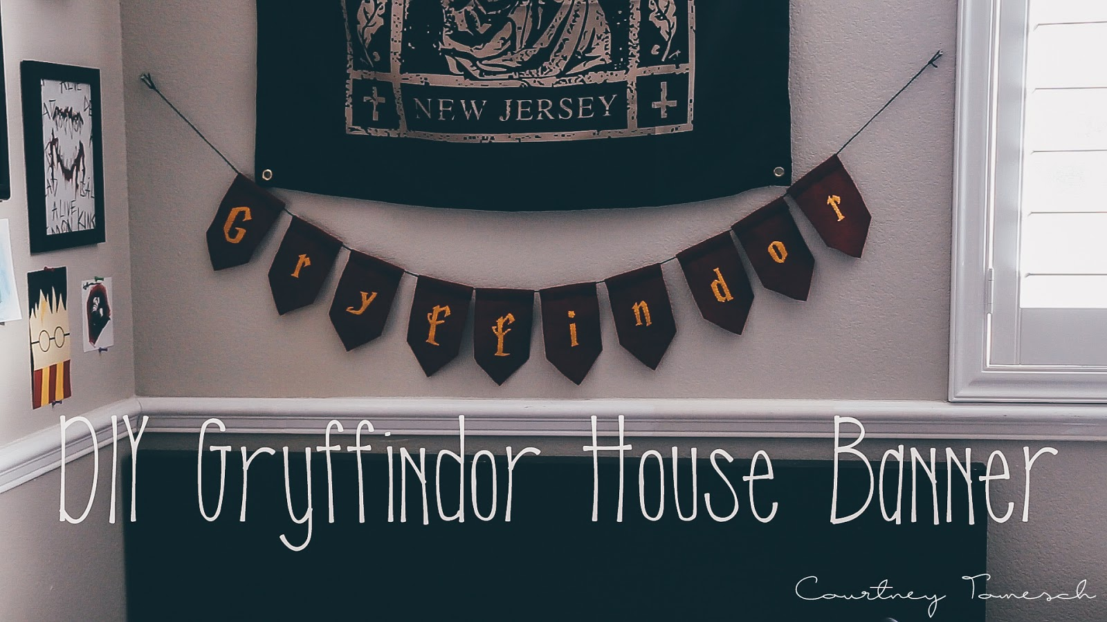 Courtney Tomesch DIY Gryffindor House Banner (Harry Potter)