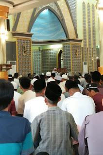 Di Depan Ribuan Jamaah, Syekh Ali Jaber  Ajak Umat Muslim Magetan Jaga Persatuan Dan saling Memaafkan