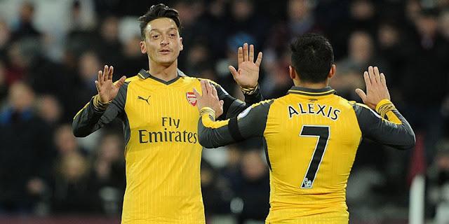 'Ozil dan Sanchez Akan Tinggalkan Arsenal'