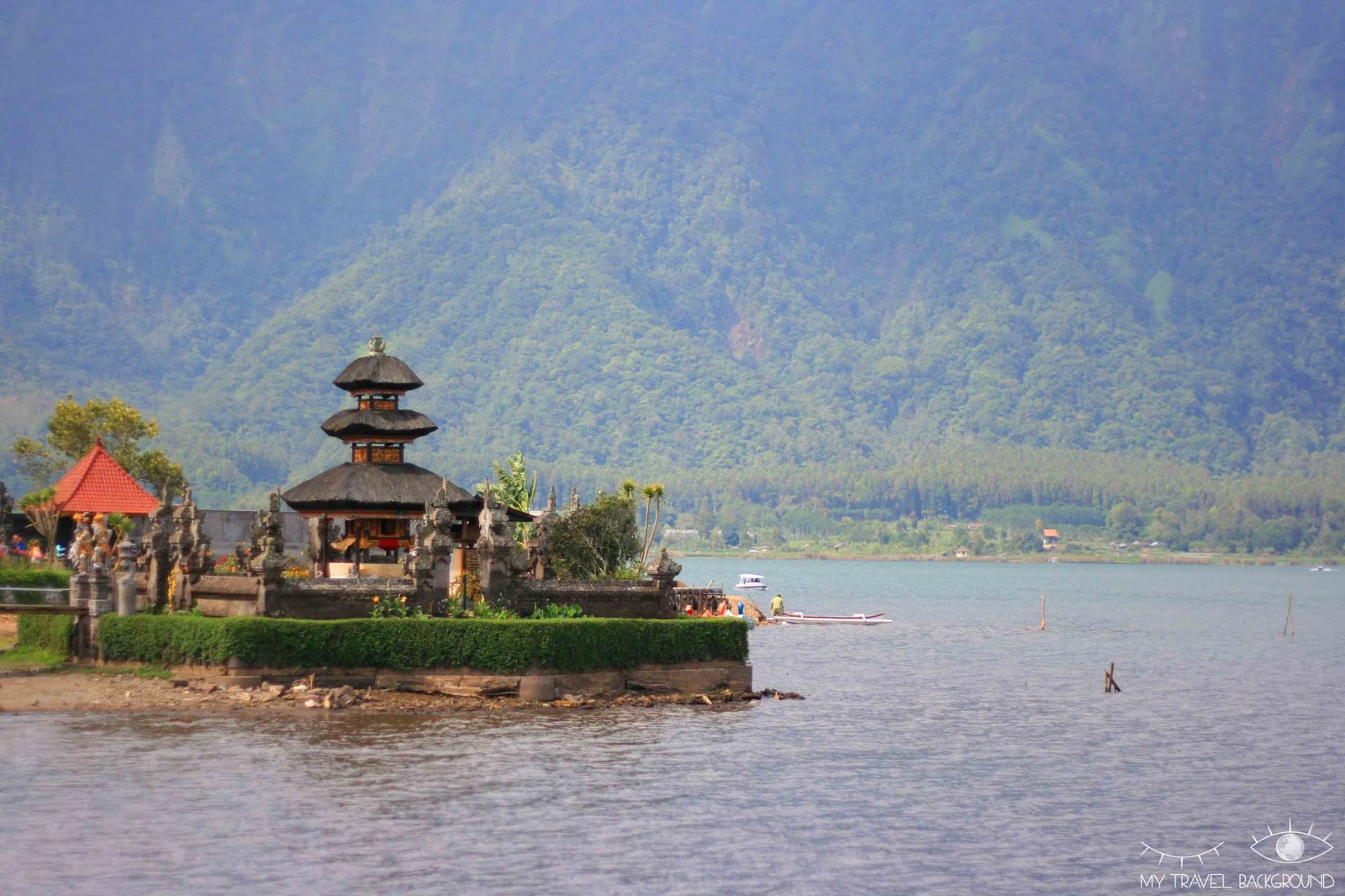 My Travel Background : que visiter dans le Nord de Bali? Le temple de Pura Ulun Danu Bratan