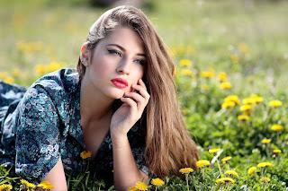 girl 1