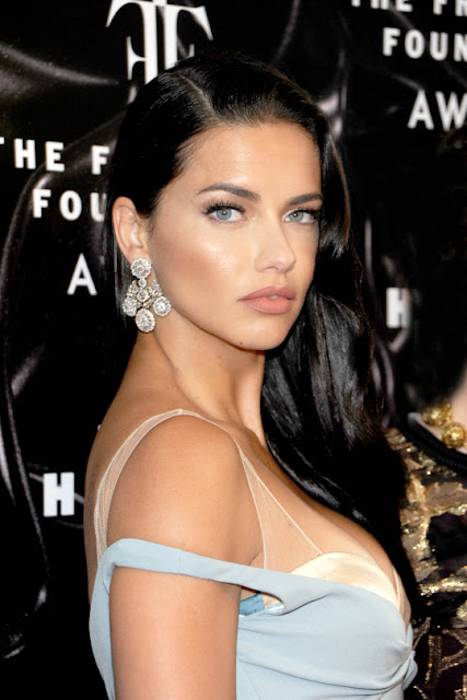 Adriana Lima - 2016 Fragrance Foundation Awards