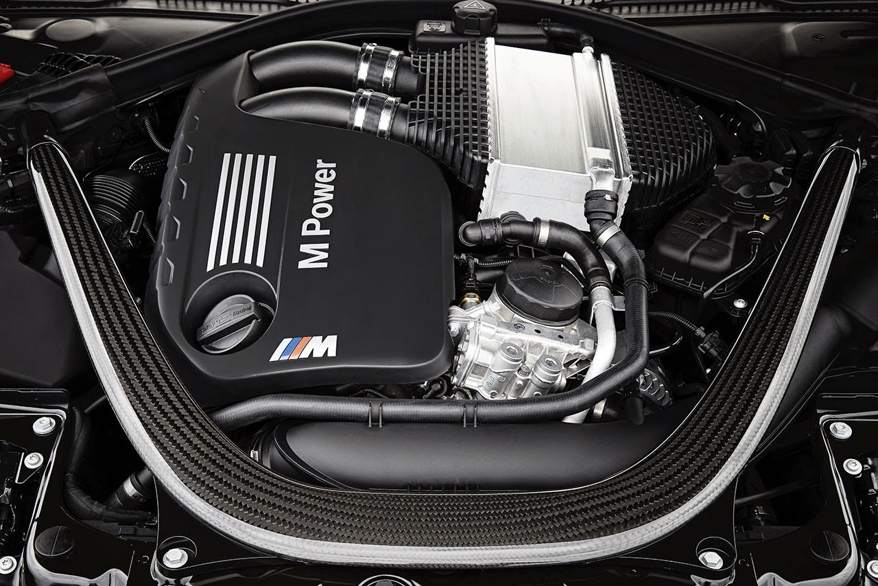 BMW M4 Convertible engine