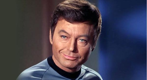 Star-Trek-Deforest-Kelly