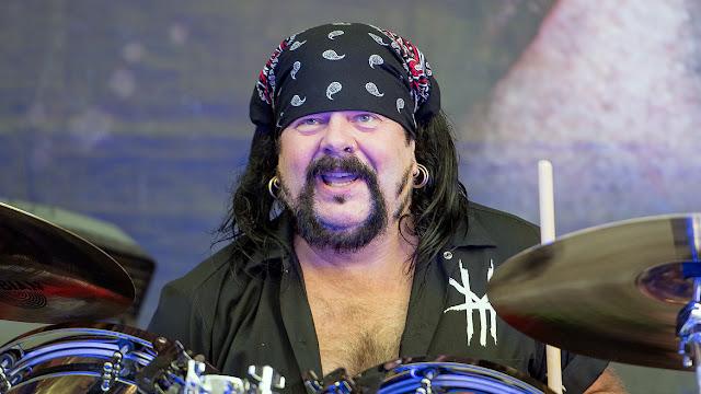 Vinnie Paul Pantera baterista dotes culinarios
